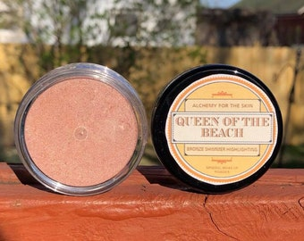 Queen of the Beach Bronze Highlighting Face Mineral Make up