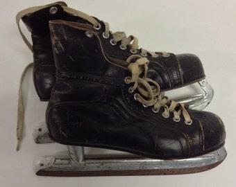 Antique Distressed Mens  Vintage Black  Leather Hockey  Ice Skates