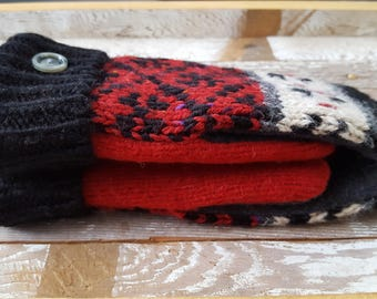 Red Black Reclaimed Sweater Mittens Small Adult