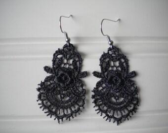 Lace Earrings in Black
