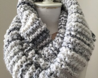 Chunky Knit Infinity Cowl, Knit Circle Scarf, Loop Infinity Scarf, Cozy Winter Cowl
