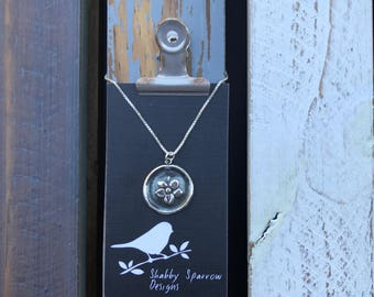 Dogwood Flower Silver Wax Seal Steal Necklace