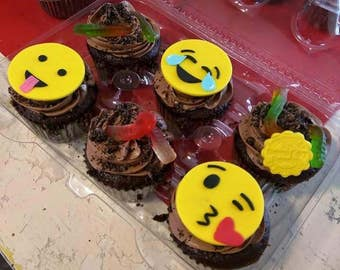 12 Fondant Emoji Cupcake Toppers
