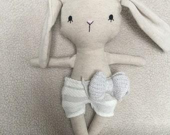 Petite peluche lapin toutou animal jouet poupée bébé et enfant