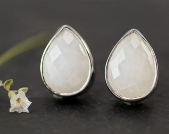 Stud Earrings - White Agate Stud Post Earrings - Silver Stud Gemstone Earrings - White Tear Drop Stud Earrings