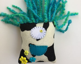 Art Monster - Cow - Blue Hair