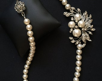 Statement Bridal Necklace Pearl Wedding Necklace Crystal Brooch Pearl Necklace Art Deco Styled Pearl Necklace