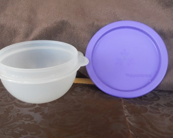 TUPPERWARE 16 OZ. Servilier Bowl With Blue Lid