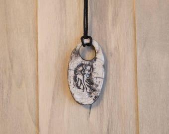 Pendant Raku oval shape with a pansy print
