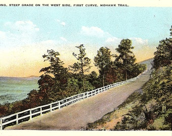 Mohawk Trail, Massachusetts, West Side, First Curve - Postcard - Vintage Postcard - Unused (TT)