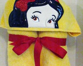 Snow White Princess Hooded Towel