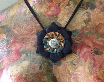 Textile necklace, summer, yoyo, porcelain