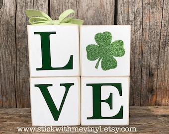 St Patricks decor, St Patricks day, REVERSIBLE blocks, clover blocks, clover decor, spring blocks, St Patricks blocks, Leprechaun decor,