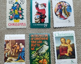 Hundred (100) 8 cent vintage unused Christmas postage stamps // face value 8.00
