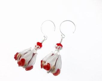 Handmade Lampwork Earrings, Red White Earrings, Christmas Glass Bead Earrings, Tulip Flower Earrings, Glass Bead Jewelry, Lampwork Jewelry