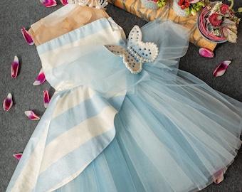 "Girl dress ""Waves' whisper"" and Tiara  ""Pearls"""
