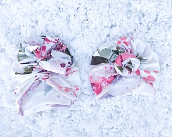 White floral, knot tie and vintage bow, baby turban, baby hat