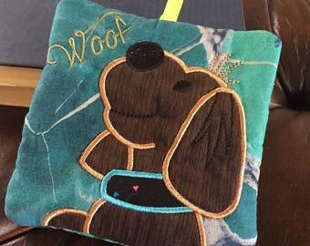 Zippered/Lined pouch with dog applique design