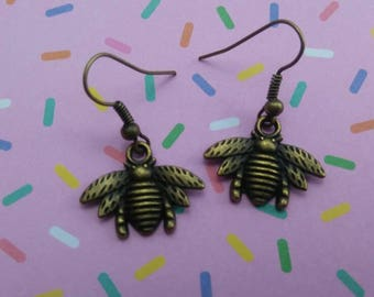 Bronze Bee Dangle Hook Earrings/Charm Earrings/Charm Jewelry/Gifts for Her/Daughter/Insect/Honey/Flower/Fall Jewelry/Jewelry/Halloween