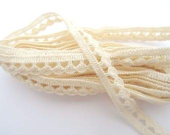 1 meter of ecru lace - 1 T 12 cm