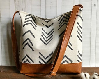 Messenger Slouchy Tote - Peaks Mudcloth  with Vegan Leather - Adjustable Strap