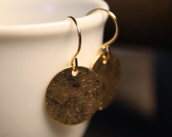 Simple Modern Hammered Matte Disc Gold-Fill Metal Earrings - Small and Round