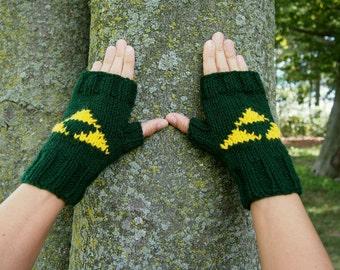 Legend of Zelda Triforce Fingerless Gloves - Forest Green Knit Retro Nintendo Zelda Fingerless Gloves - Men's and Women's Sizes Available