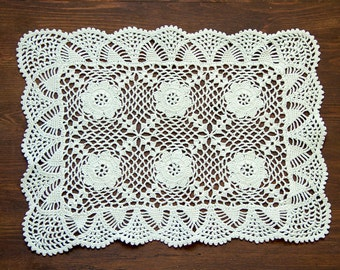Light green hand dyed crochet Doily Vintage lacy doily