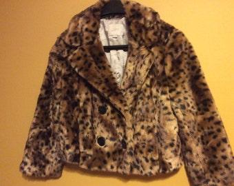 Shabby Chic Ann Taylor Short Faux Fur Animal Print Jacket (size small)