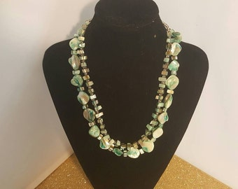 Mother of pearl necklace  223