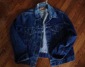 Vintage 90's Grunge Destroyed Levi's Denim Jacket mens size L