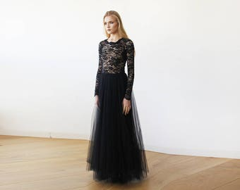 Round Neck-Line Long Sleeves Sheer Black Lace and Maxi Tulle 1152