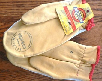 Vintage western wear ...  WESTERN wear COWHIDE mitts gloves COWBOY Klondike ...