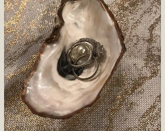 Oyster Shell Ring Holder (without initials)