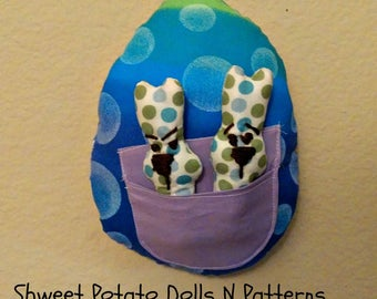 Shweet Easter Egg Bunnies, Bright Blue Large Egg with Bunnies Inserts, Door Hanger, Larger Ornament, Whimsical