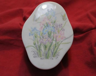 Vintage  Porcelain China Floral Trinket Ring Box Dresser Jewelry Collectible