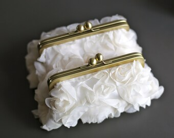 Sale - Fairy Tale Wedding - Rosette Ivory Clutch