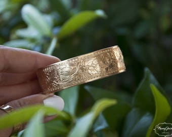 Floral bracelet, floral cuff, vintage bracelet, ethical jewelry, nature inspired, made in Italy, sustainable bangle