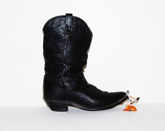 SALE.....Vintage Dingo Slouchy Boots with Silver