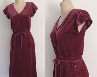 1970's Cranberry Terrycloth Dress w/ Button Up Side Size XS Small by Maeberry Vintage