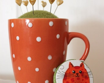 Orange and White Polka Dot Mug Wool Felt Pincushion and Matching Retractable Cat Tape Measure Set