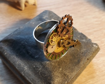 Ring, steampunk, gears, watch mechanism ring.