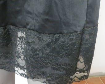 Vintage Black Half slip  Large #029