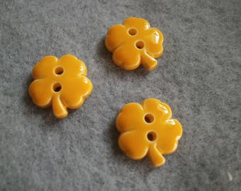BUTTON flower yellow 12 mm - set of 6 buttons