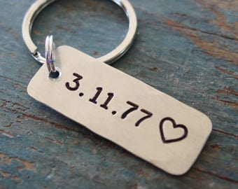 Date Keychain, Hand Stamped, Personalized Gift, Engagement Gift, Anniversary Gift, Wedding Date, Wedding Gift, Silver Anniversary Gift