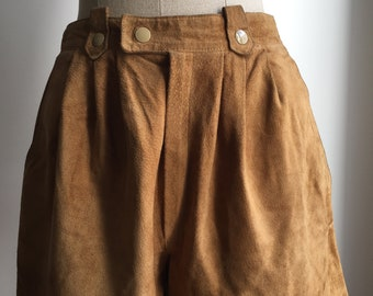 Purple - Caramel colored kid - size 36 vintage high waisted shorts