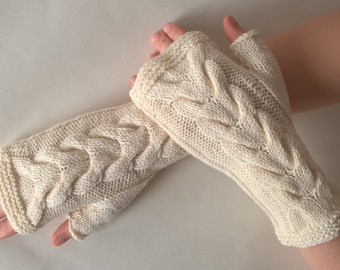 Knitted of 100 % WOOL. Handmade CREAM fingerless gloves, wrist warmers, fingerless mittens.