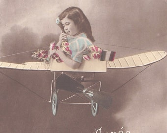 Vintage 1900 recolored French postcard