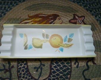midcentury Sascha Brastoff ceramic decorative tray, lemon design gold accents
