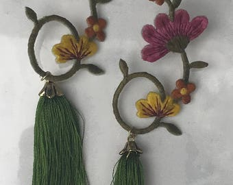 Floral embroidered earrings with tassel